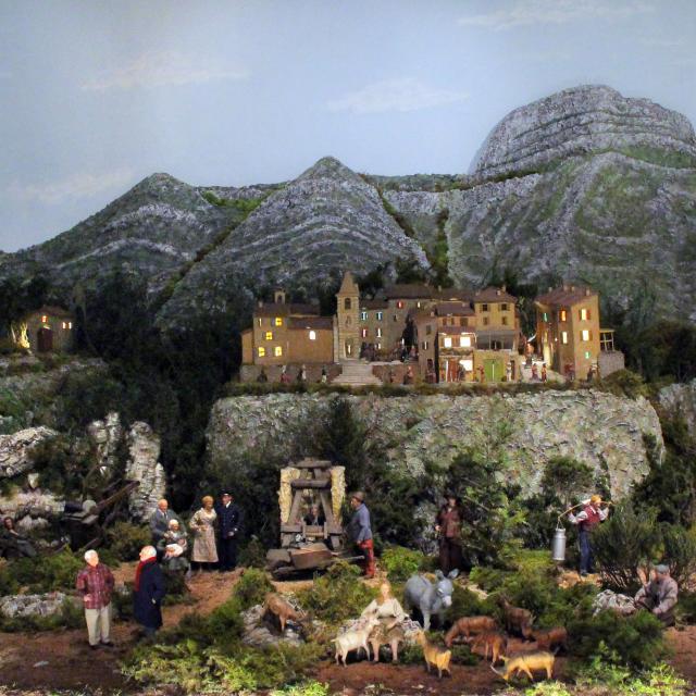 Collines Diorama Village Provençal Santons Scaturro Petit Monde Marcel Pagnol Oti Aubagne
