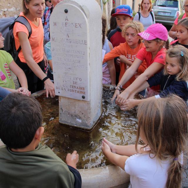 Enfants Scolaires Visite Fontaine Manon Pagnol La Treille Oti Aubagne
