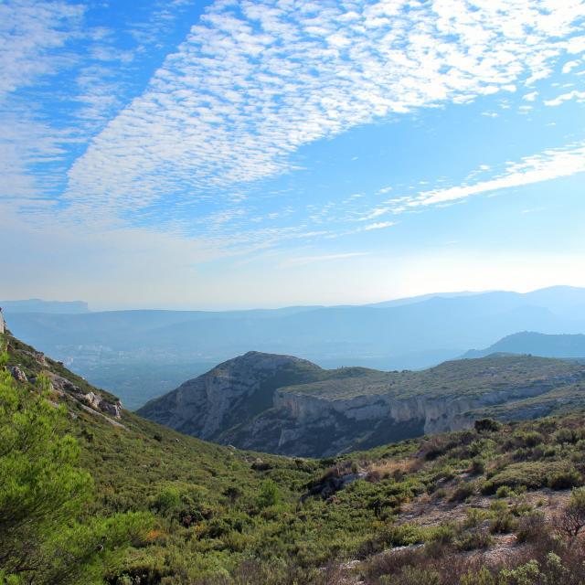 Panorama Garrigues Nuage Massif De L'etoile Nature Oti Aubagne