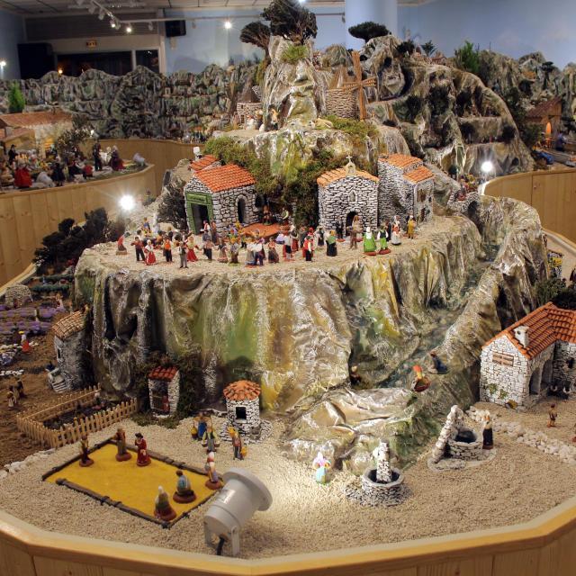 Panorama Village Des Santons Musee Aubagne Oti Aubagne