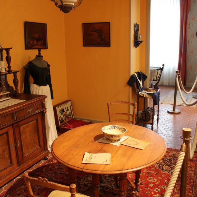 Salon Maison Natale Marcel Pagnol Oti Aubagne