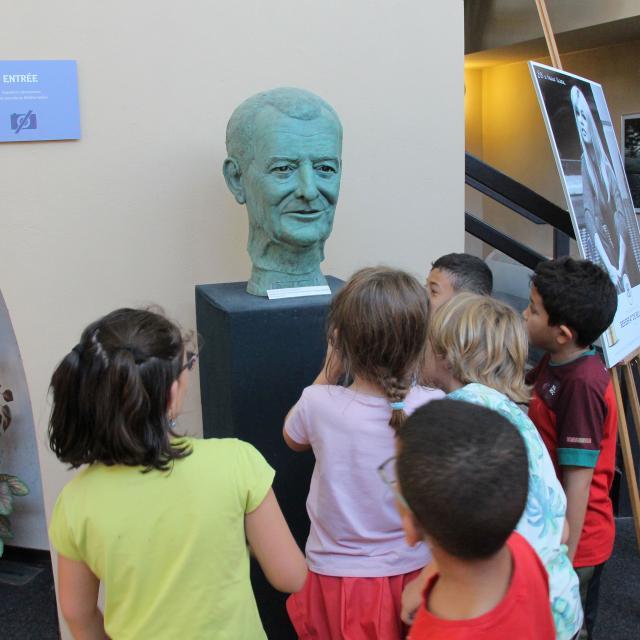 Visite Scolaire Enfants Culture Buste Pagnol Chateau Buzine Oti Aubagne