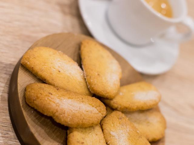 clement-et-olivier-biscuiterie-aubagne.jpg