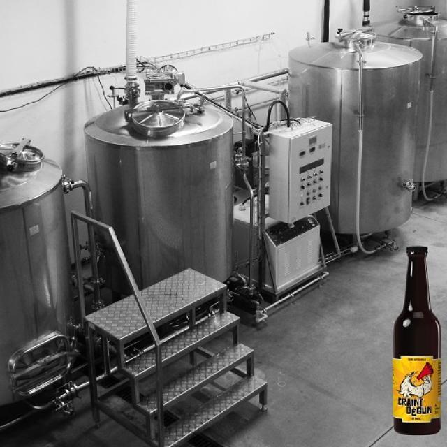 les-deux-font-la-biere-cuves-producteur-pays-daubagne.jpg