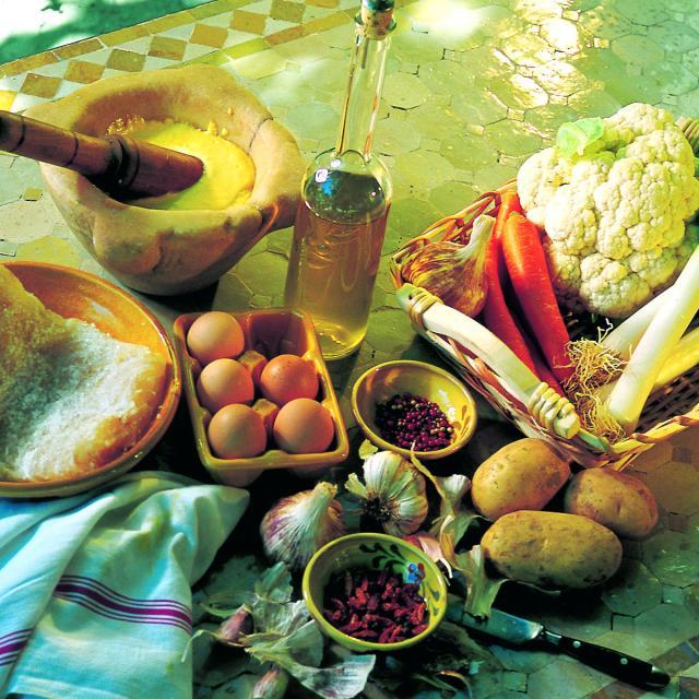 Cuisine Provençale - aïoli - OTI_Aubagne